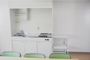 談話室キッチン