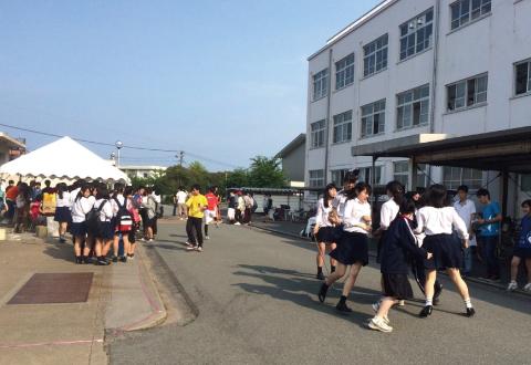 長縄競技の風景①