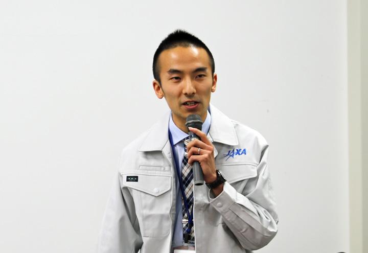 講演する浅村氏