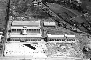 1963年 本館校舎落成