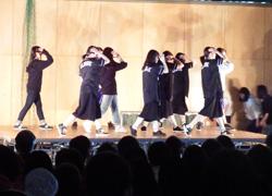 ダンスステージ